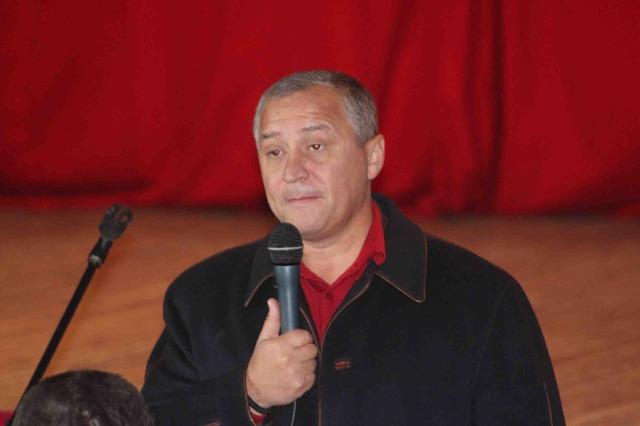 Предвыборные поддавки Геннадия Бобова