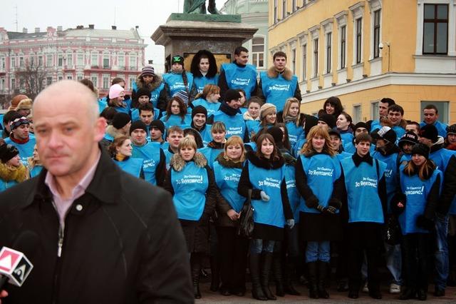 Регионалы бывшими не бывают: как Геннадий Труханов помогал приватизировать Одесский аэропорт