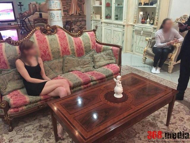 Работница Киевского СИЗО подрабатывала проституткой и наркодилером