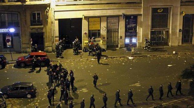 """Теракты во Франции: в """"Батаклане"""" заложников добивали выстрелами в голову"""