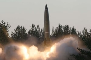"""Россия у границ с Украиной отрепетировала """"обезглавливающий"""" ракетный удар"""