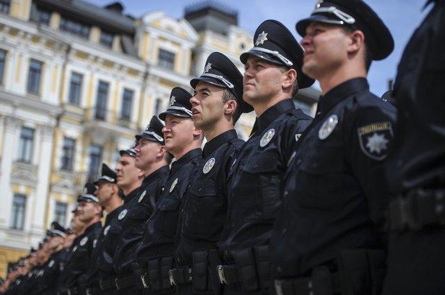 Стрілянина в Києві: поліцейські підстрелили співробітників карного розшуку