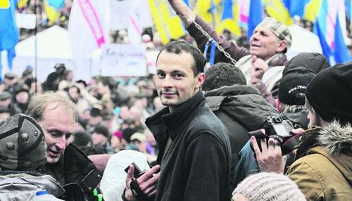 Журналіста Володимира Тищенка, який публікував відео про свавілля ментів на Майдані, оголосили в розшук