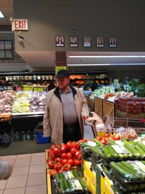 «Скупить все чтобы спровоцировать голод в США»: путинского пропагандиста засекли в американском супермаркете