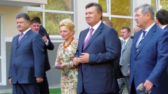 """Дела под копирку. Чиновников эпохи Януковича отправляют под арест по принципу """"ромашки"""""""