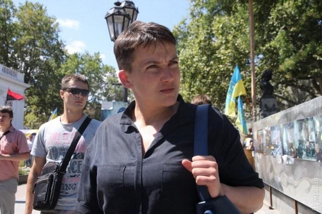 Два авто и акции универмага «Украина». Появилась е-декларация Савченко