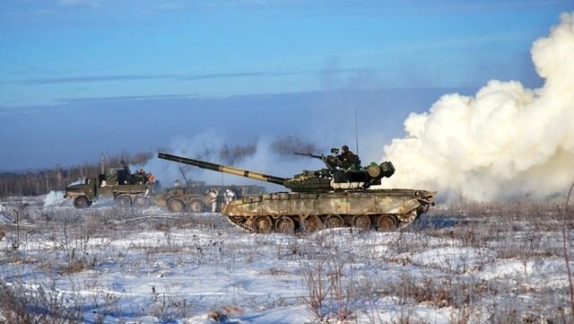 Волонтер назвал реальные цифры потерь на Донбассе