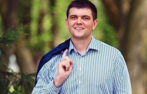 Соратник Яценюка за один день купил три квартиры