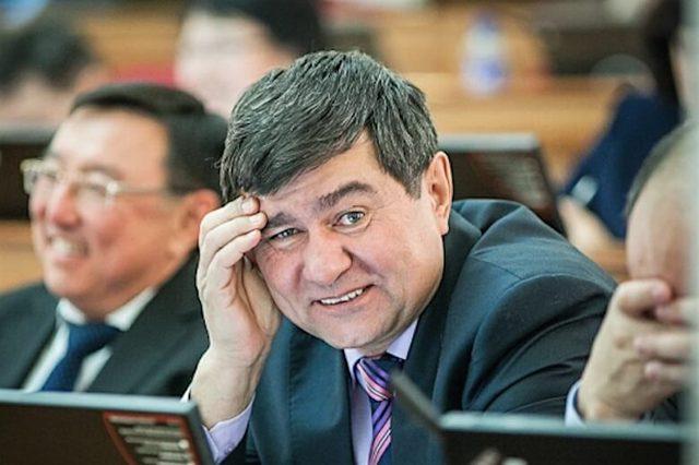 На бурятского депутата, сбившего сотрудника ДПС 9 мая, завели уголовное дело