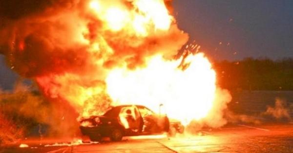 Представитель владельца сожжённых в Конча-Заспе машин и катера назвал поджигателей