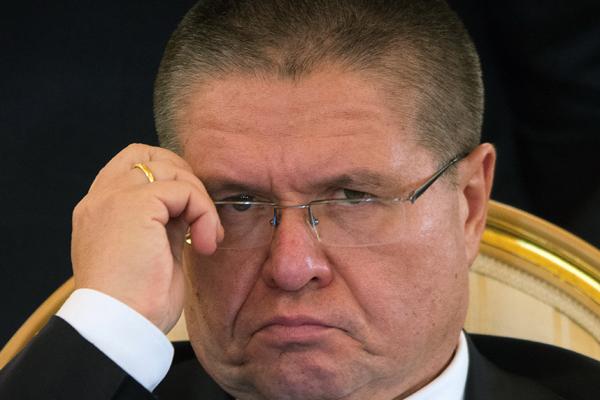 Взятка или премия: о чем говорят документы суда над Алексеем Улюкаевым