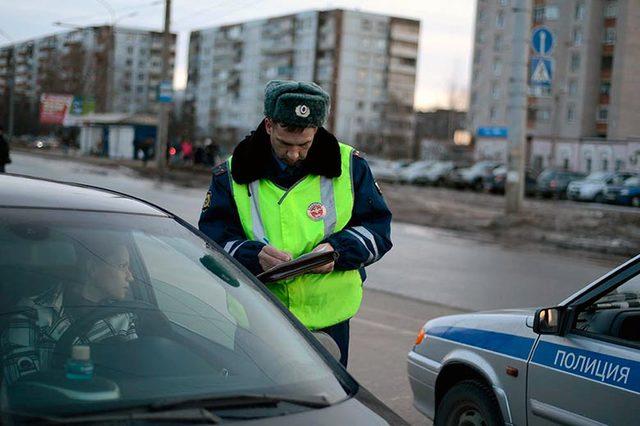 Из приказа МВД исчез пункт о разрешении снимать сотрудников ДПС на видео