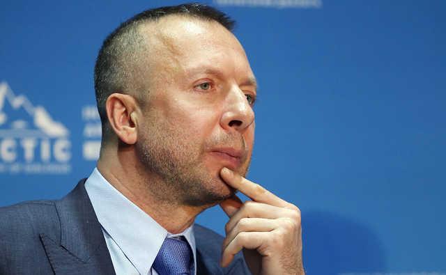 Босов решил создать «мировой хаб» для экспорта угольной пыли
