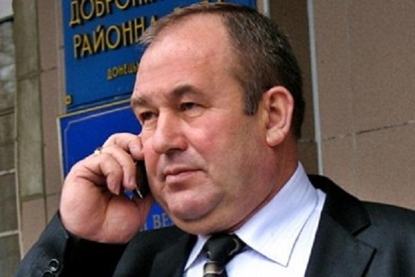 Бывший глава Добропольской райадминистрации Середа оттяпал у покойников 27 гектаров земли