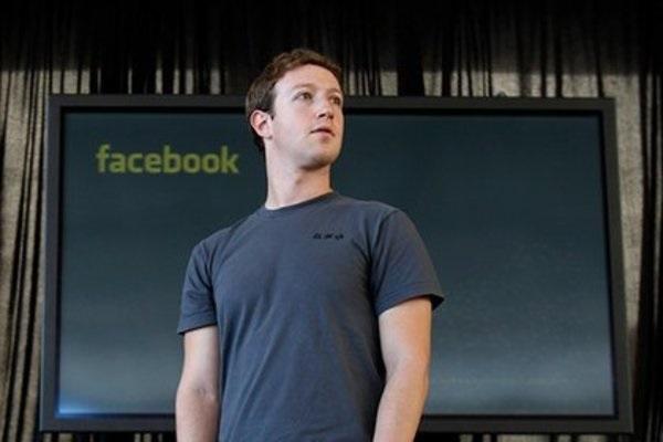 Facebook разваливается? Цукерберг публично объявил о начале войны