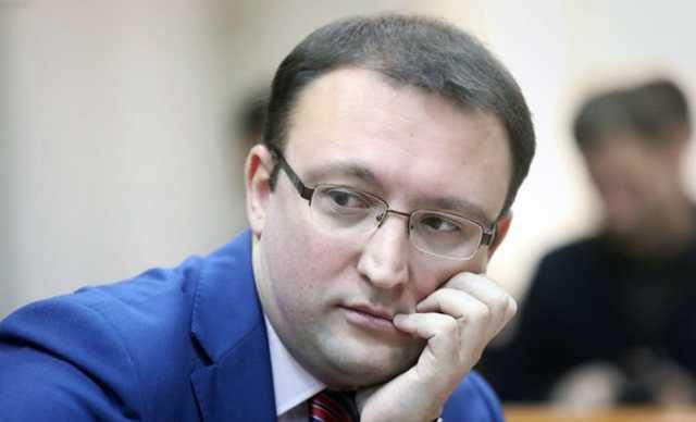 Сотрудника Роскомнадзора Ампелонского следствие признало невиновным в растрате