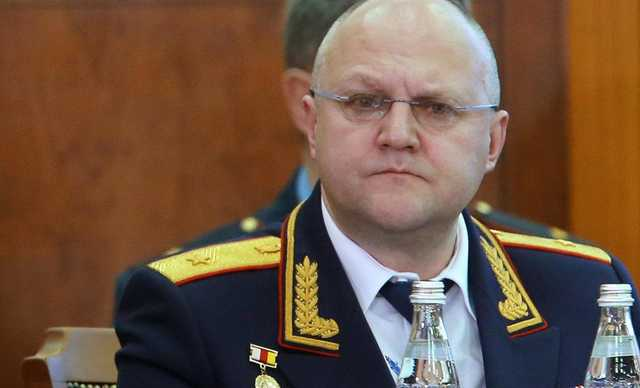 Суд продлил арест экс-главы СКР по Москве Дрыманова