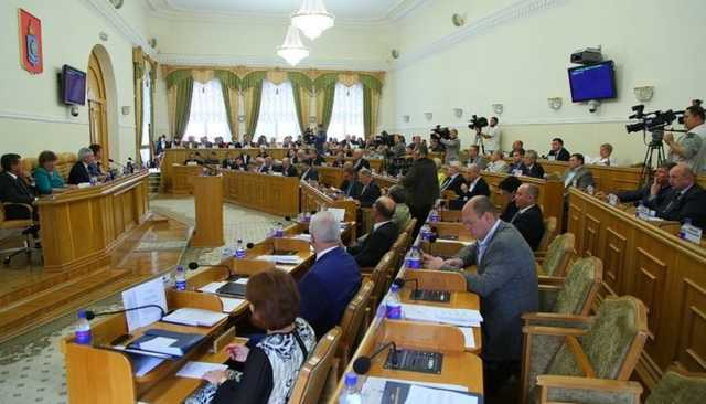 Астраханским депутатам официально запретили материться в соцсетях
