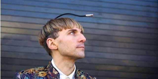Первый в мире киборг Нейл Харбиссон о том, как взломали его мозг